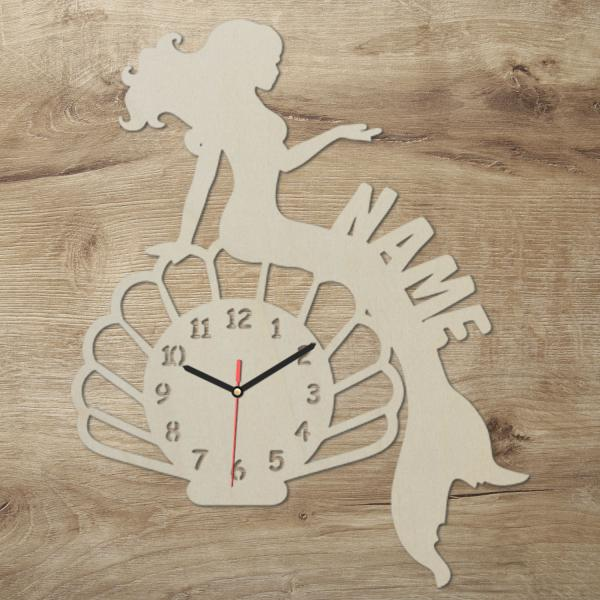 Holz Wanduhr Meerjungfrau mit Namen